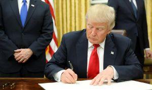 Donald Trump nombra a su médico como secretario de Asuntos Veteranos