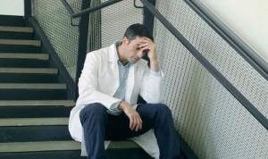 El 95% de los médicos no se marcha a casa cuando empieza a sentirse enfermo