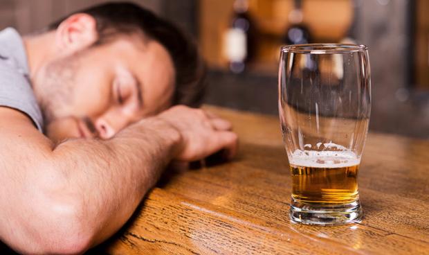 A través de pasa cuánto la dependencia física del alcohol