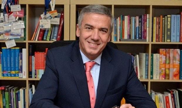 El catedrático Lluís Serra Majem advierte de los riesgos del Nutriplato