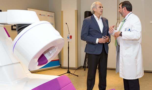 El Clínico San Carlos adquiere el primer PET cerebral del mundo