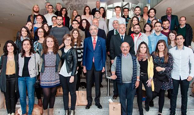 El Colegio de Médicos de Álava abre sus puertas a los nuevos residentes