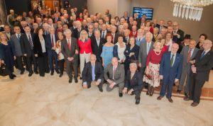 El Colegio de Médicos de Cantabria reconoce a sus profesionales veteranos
