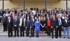 El Colegio de Médicos otorga la insignia de plata a 90 colegiados