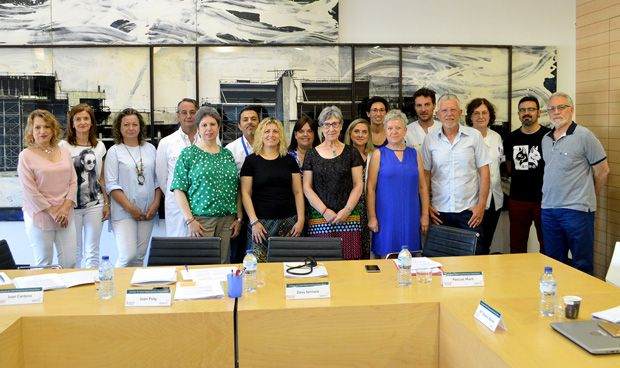 El Consejo de Salud de la Marina Alta acoge a pacientes oncológicas