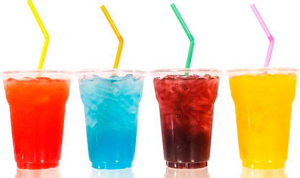 El consumo diario de bebidas light triplica el riesgo de ictus y alzh�imer