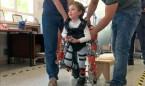 El CSIC crea el primer exoesqueleto para niños con atrofia muscular espinal