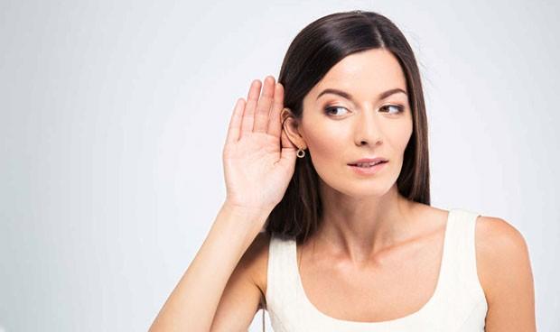 El daño más inesperado del ibuprofeno: afecta a la audición de las mujeres