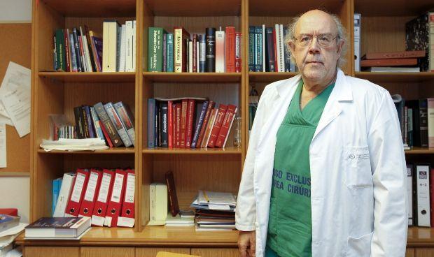 El decano de Medicina de la USC pide más organización en la sanidad pública