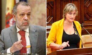 El Defensor del Pueblo no quiere más lazos amarillos en la sanidad catalana