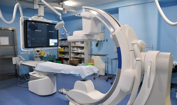 El Dr. Negrín pone en marcha un sistema de angiografía digital biplano