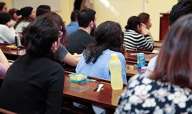 """El examen MIR más atípico: sin preguntas de ictus o EPOC pero sí de """"setas"""""""