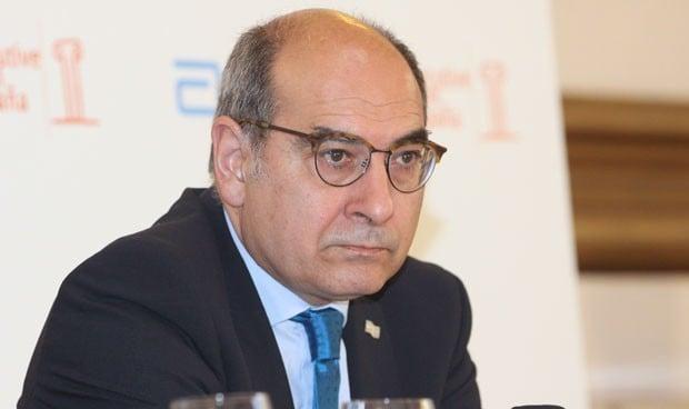El exconsejero Darpón encuentra destino en 'la otra' Sanitas