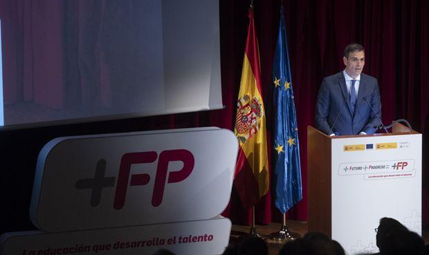 El Gobierno anuncia una reforma de la FP con un nuevo título sanitario