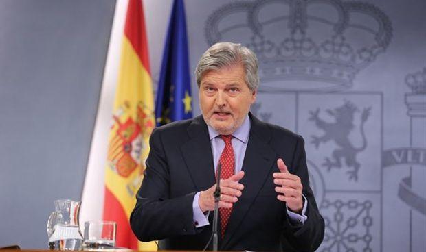 El Gobierno aprueba llevar al Constitucional la sanidad universal catalana