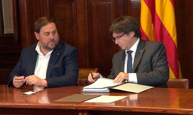 El Govern planteaba la tarjeta sanitaria como DNI de la república catalana