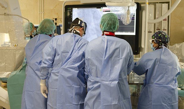El Gregorio Marañón logra el primer doble implante valvular - Redacción Médica