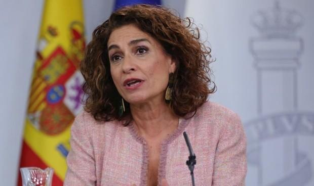 El 'guiño' de la ministra de Hacienda a sus colegas sanitarios