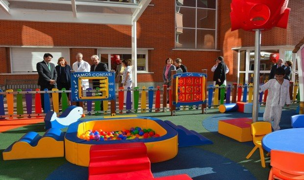 El hospital de Alcorcón humaniza la Pediatría con un parque infantil