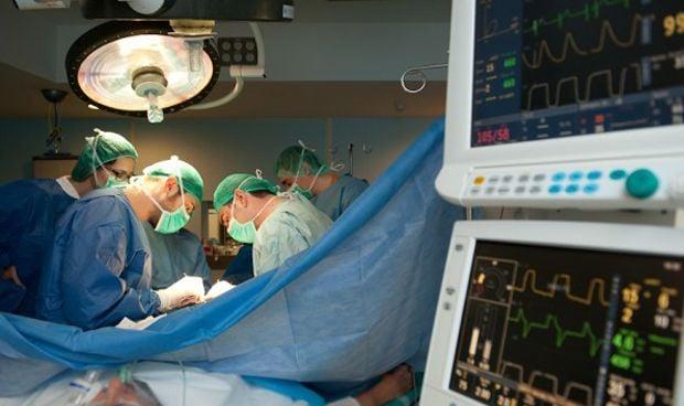 El Hospital de Bellvitge dobla el número de implantes de pene en dos años