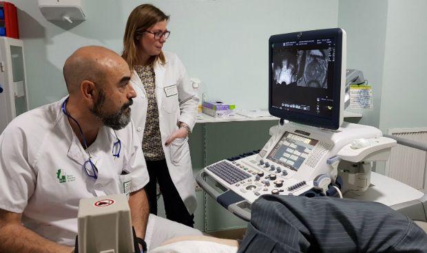 El Hospital de Don Benito, pionero en biopsia prostática por imágenes