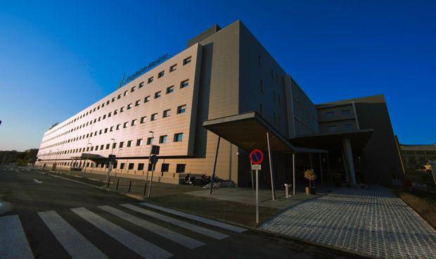 El Hospital de Manises se hace universitario y formará a médicos MIR