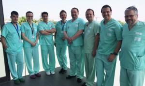 El Hospital de Torrevieja implanta prótesis inversas de última generación