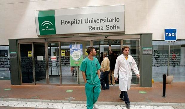 El Hospital Reina Sofía busca jefe de Servicio de Medicina Interna