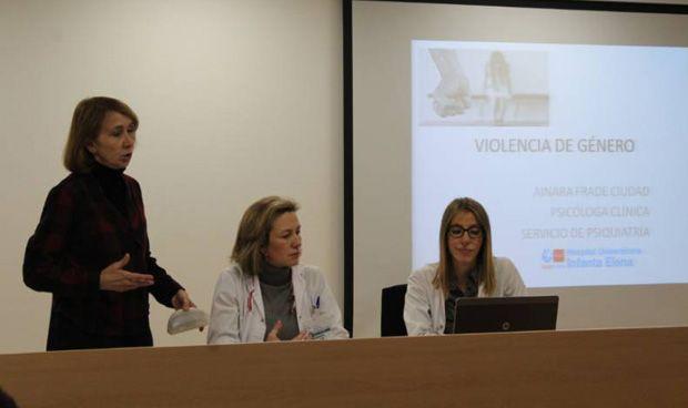 El Infanta Elena forma a sus profesionales contra la violencia de género