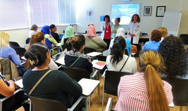 El Infanta Leonor recibe a mediadoras sociales para abordar la inclusión