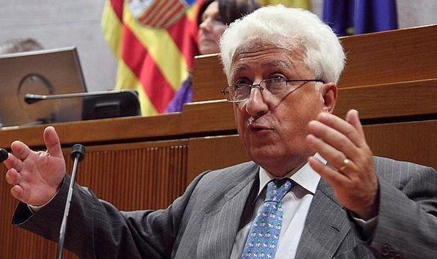 """El Justicia señala la """"necesidad social"""" de aumentar médicos en Aragón"""