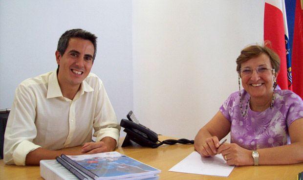 El líder sanchista del PSOE cántabro pone deberes a la consejera de Sanidad