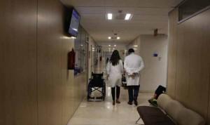 El médico español trabaja de 31 a 50 horas/semana, cifra récord en Europa