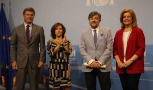 El médico Manuel Sánchez Luna, Medalla al Mérito en el Trabajo