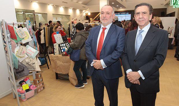 El mercadillo solidario de Cofares 'inaugura' las fiestas navideñas