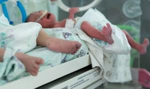 El milagro de Erianna: un bebé sobrevive tras pesar 370 gramos al nacer