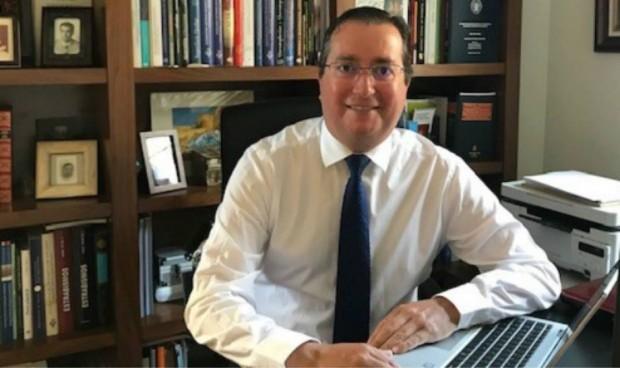 El neumólogo Graciliano Estrada, nuevo presidente de los médicos de Segovia