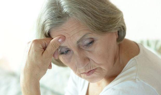 El paciente con hipertensión y párkinson tiene mayor riesgo de sufrir ictus