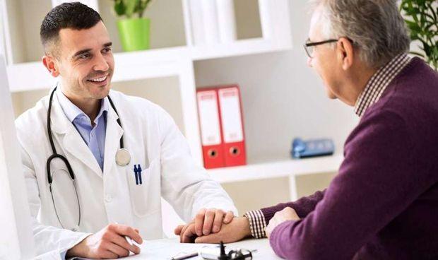 El paciente olvida las instrucciones del médico según sale por la puerta