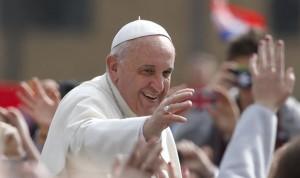 El Papa actualiza la guía doctrinal para médicos, 'ministros de la vida'