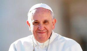 """El Papa expresa su """"estima personal"""" a la """"insustituible"""" labor enfermera"""