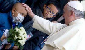 El Papa lanza un mensaje para defender la dignidad de todos los pacientes