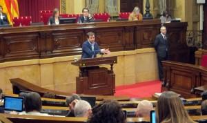 El Parlament exige un plan de reforma integral de la Primaria en 6 meses