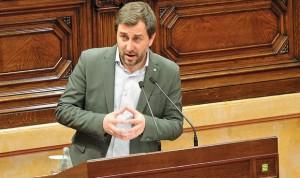 El Parlament tumba la enmienda del PP contra la ley de sanidad universal