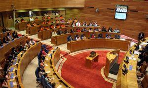 El Parlamento insta a crear una 'app' que recuerde los datos de vacunación