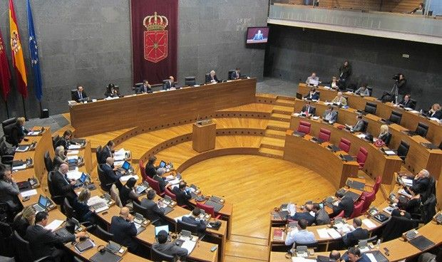 El Parlamento navarro se compromete a erradicar la agresiones a sanitarios