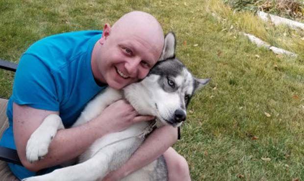 El perro que 'salvó' a su dueño ayudándole a detectar un cáncer testicular