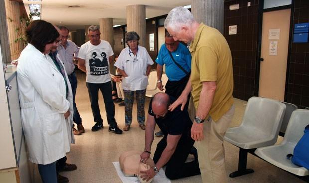 El Peset forma a profesionales sanitarios en reanimación cardiopulmonar