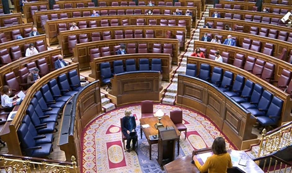 El plan antitemporalidad en sanidad del Gobierno salva el órdago de la CUP