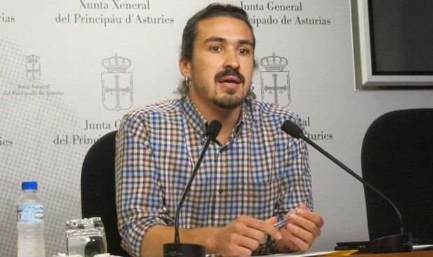 """El portavoz sanitario de Podemos, tras un desalojo ocupa: """"Estudiaba allí"""""""